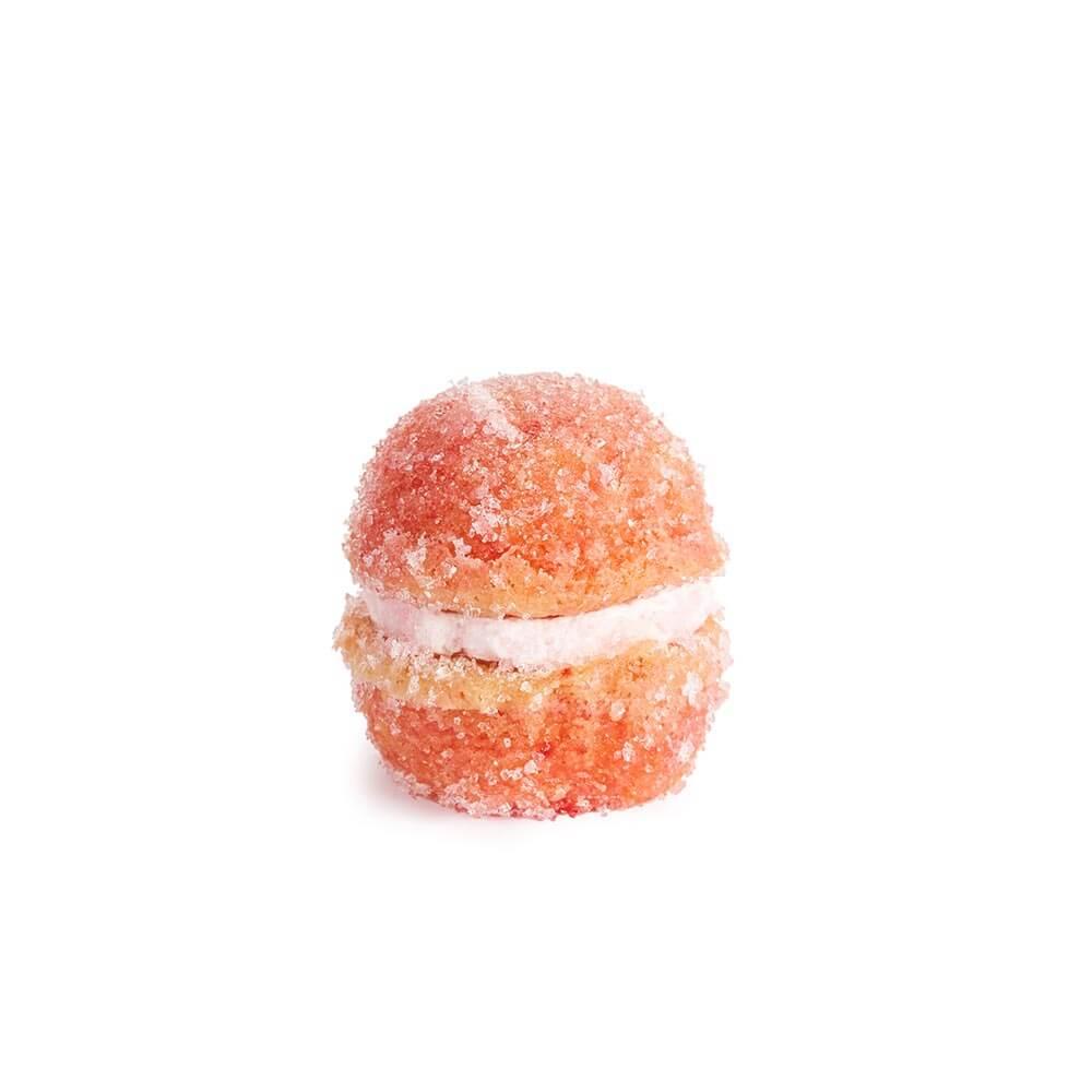 Sussuro - masni fini biskvit, posut šećerom u kristalu